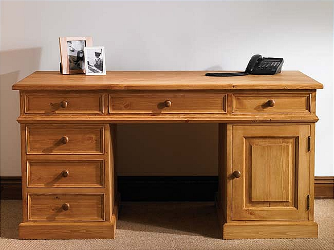 hampton waxed pine furniture large pc office computer desk