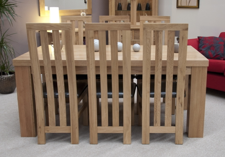 Chunky Solid Oak Dining Table And 6 Chairs