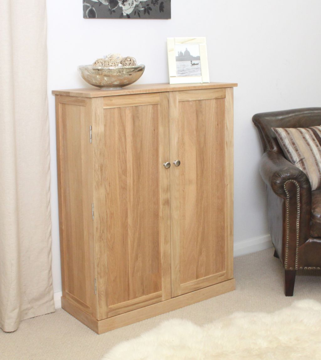 Mobel Solid Oak Furniture Shoe Storage Hallway Bench: Mobel Solid Oak Furniture Large Shoe Storage Cupboard