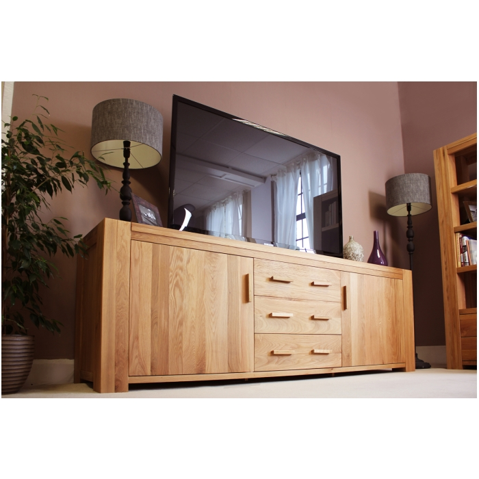 Atlas Solid Chunky Oak Furniture Large Living Dining Room Sideboard