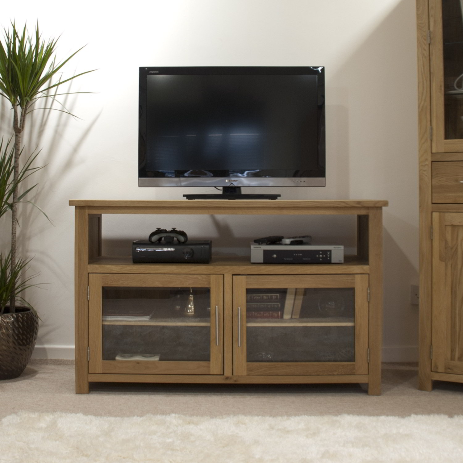 eton solid oak living room furniture tv cabinet stand entertainment
