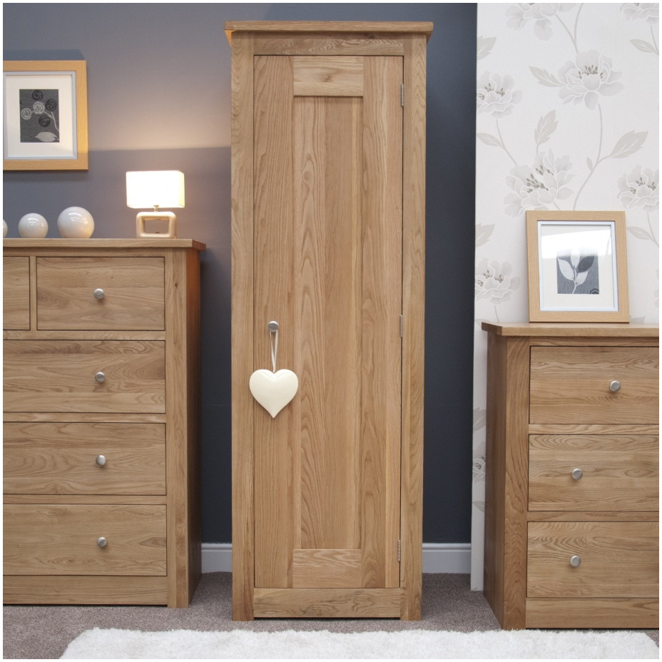 Kingston solid modern contemporary oak bedroom furniture for Oak bedroom furniture