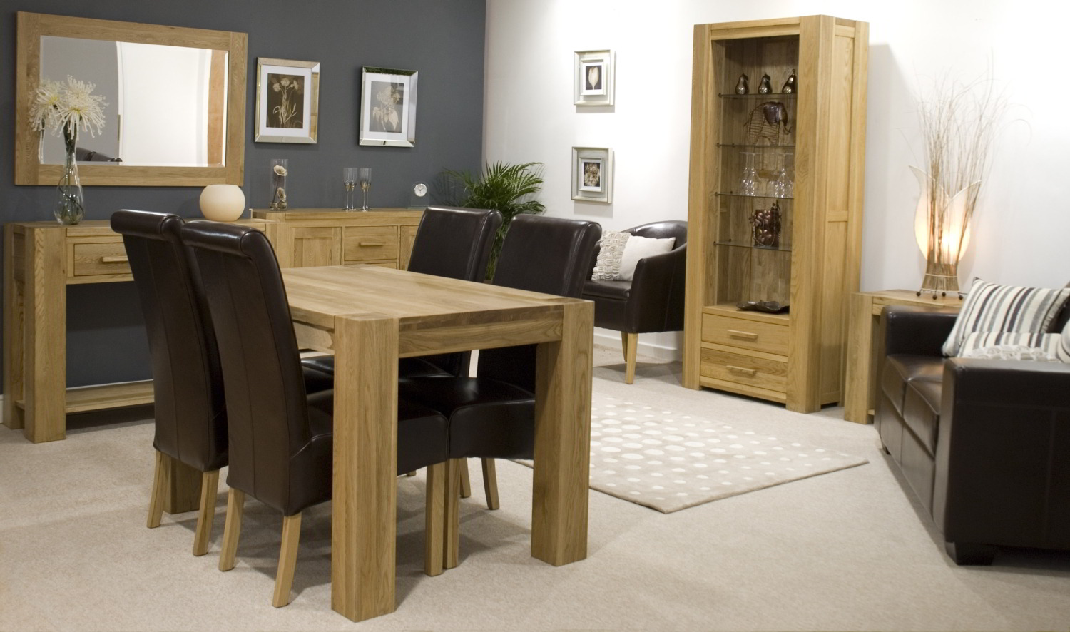 Pemberton solid modern oak hallway furniture console hall for Oak dining room ideas