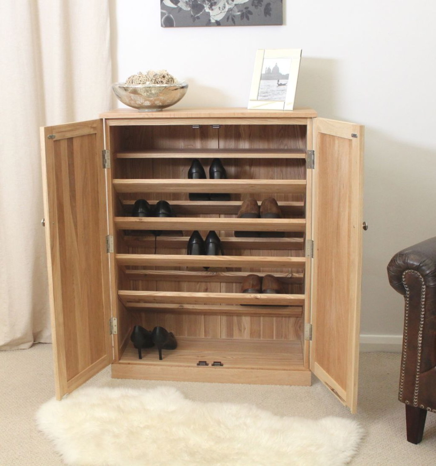 Conran solid oak furniture large hallway shoe storage for Solid oak furniture