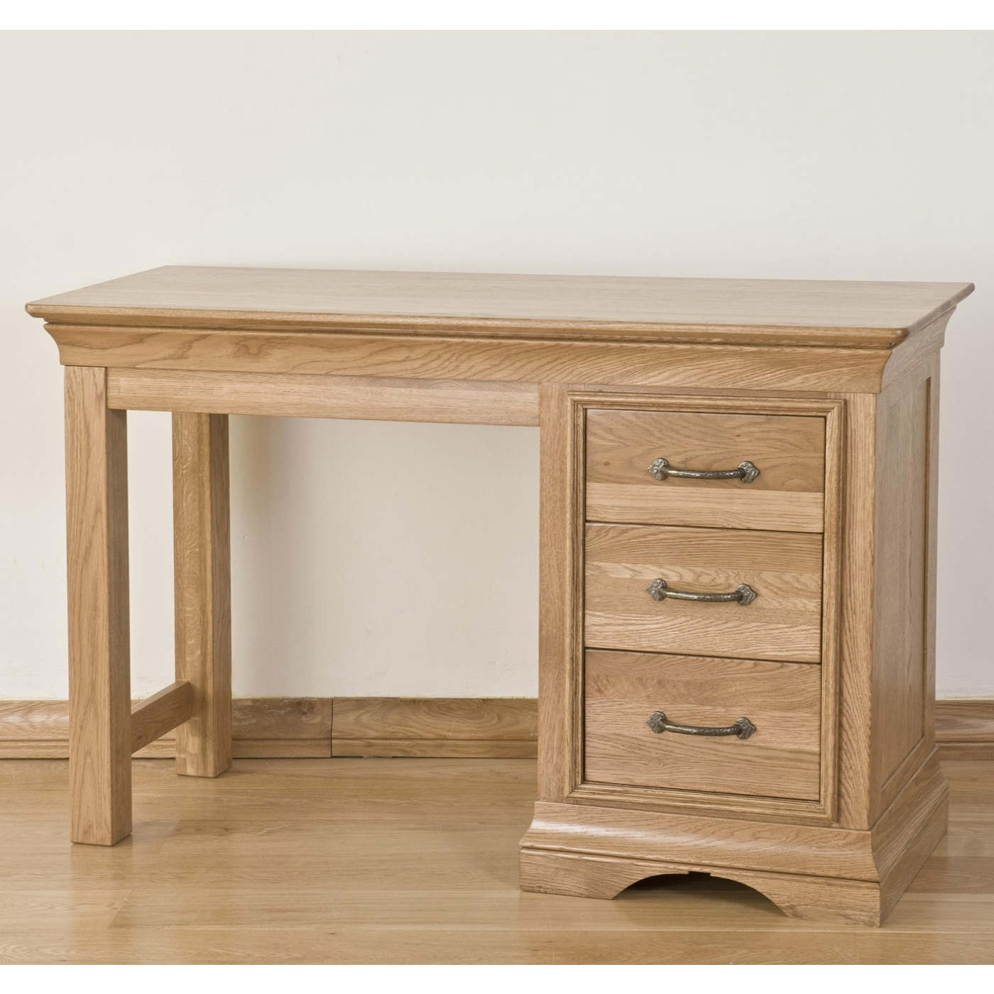 Toulon solid oak furniture single pedestal bedroom for Single dressing table