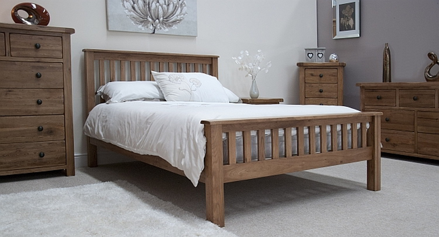 Tilson solid rustic oak bedroom furniture 4 39 6 double bed for Home furniture beds