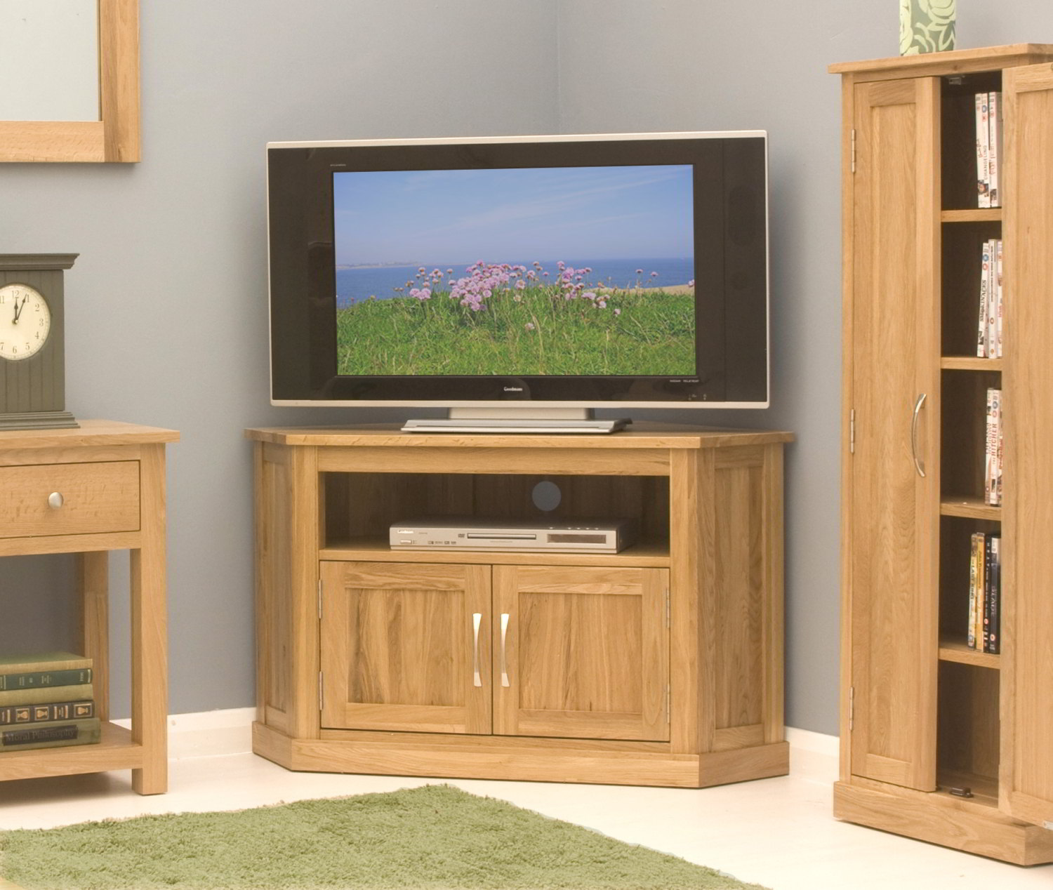 Conran Solid Oak Living Room Furniture Corner Television Cabinet Stand Unit